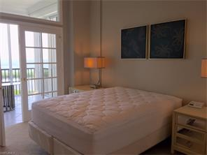 Naples Real Estate - MLS#215041881 Photo 10