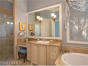 Naples Real Estate - MLS#216025782 Photo 6