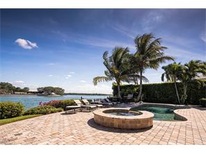 Naples Real Estate - MLS#216069582 Photo 13
