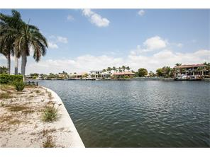 Naples Real Estate - MLS#217013982 Photo 3