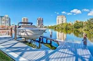 Naples Real Estate - MLS#216020783 Photo 9