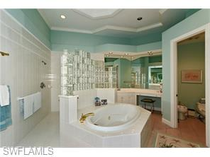 Naples Real Estate - MLS#216039583 Photo 14
