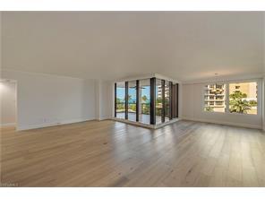 Naples Real Estate - MLS#217019583 Photo 1