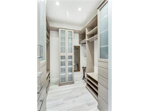 Naples Real Estate - MLS#217022883 Photo 14