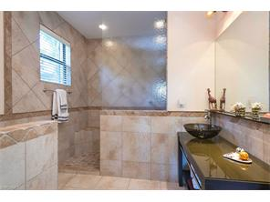 Naples Real Estate - MLS#216062784 Photo 10