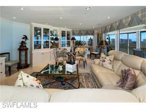 Naples Real Estate - MLS#216029986 Photo 10
