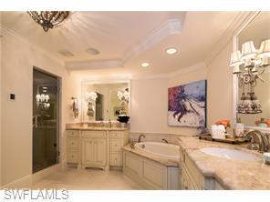 Naples Real Estate - MLS#216029986 Photo 15