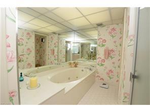 Naples Real Estate - MLS#216056186 Photo 17