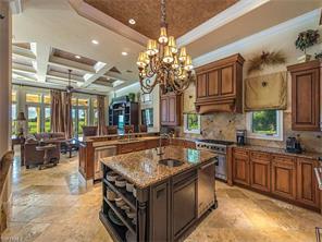 Naples Real Estate - MLS#217004387 Photo 5