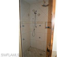 Naples Real Estate - MLS#215033188 Photo 5