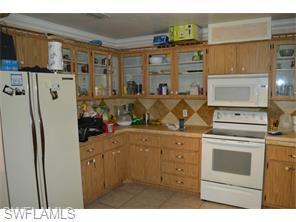 Naples Real Estate - MLS#215033188 Photo 3