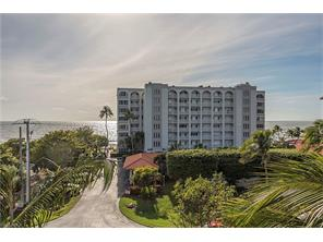 Naples Real Estate - MLS#217012488 Photo 10