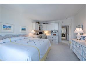 Naples Real Estate - MLS#217021088 Photo 10
