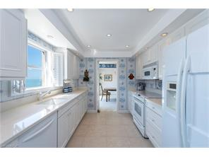 Naples Real Estate - MLS#217021088 Photo 14