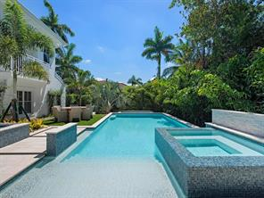 Naples Real Estate - MLS#217011289 Photo 18
