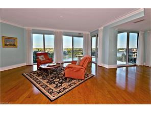 Naples Real Estate - MLS#217017191 Photo 11