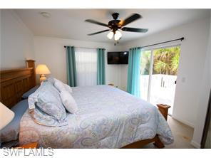 Naples Real Estate - MLS#216025692 Photo 13