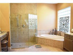 Naples Real Estate - MLS#216069693 Photo 17