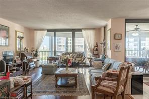 Naples Real Estate - MLS#217002593 Photo 3
