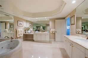 Naples Real Estate - MLS#217003493 Photo 6