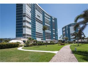 Naples Real Estate - MLS#217025293 Photo 22
