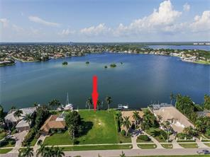 Naples Real Estate - MLS#217011395 Main Photo