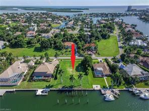 Naples Real Estate - MLS#217011395 Photo 4