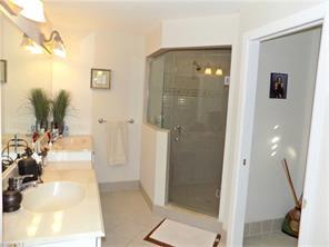 Naples Real Estate - MLS#216012297 Photo 9