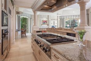 Naples Real Estate - MLS#217009397 Photo 8