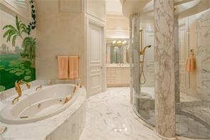 Naples Real Estate - MLS#217009397 Photo 19