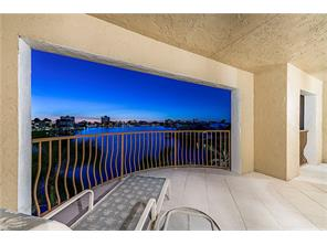 Naples Real Estate - MLS#217012597 Photo 12