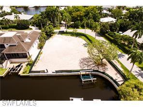 Naples Real Estate - MLS#216040998 Photo 36