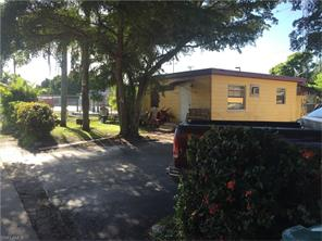 Naples Real Estate - MLS#216044998 Photo 4