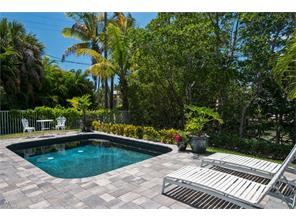 Naples Real Estate - MLS#216062398 Photo 3