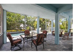 Naples Real Estate - MLS#216062398 Photo 14