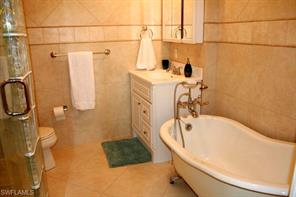 Naples Real Estate - MLS#216062398 Photo 8