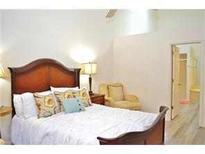 Naples Real Estate - MLS#216056499 Photo 4