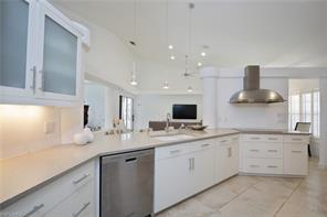 Naples Real Estate - MLS#217055299 Photo 3